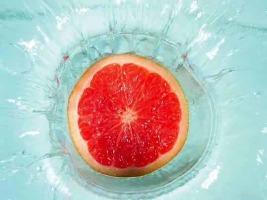 дольки грейпфрута  № 2133977  скачать